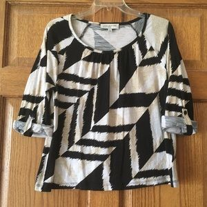 Jones New York Black and Tan Top Petite Large